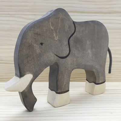 Elefante de madera holztiger