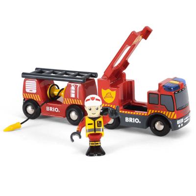 Vehículo de emergencia de bomberos Brio